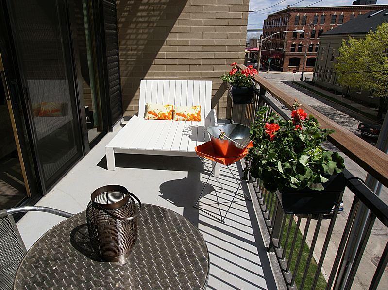 Corcoran Lofts Milwaukee Corporate and Temporary Housing ...