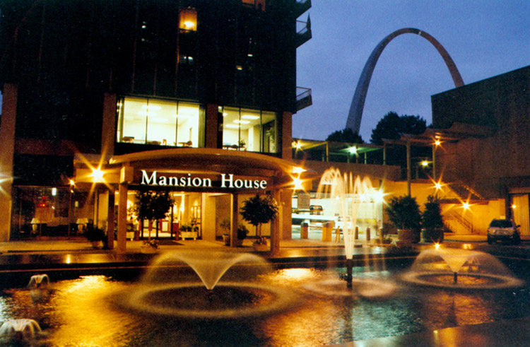The Mansion House - St. Louis Corporate Housing ...